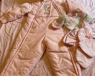 $16.00....................Vintage Baby Clothing (B090)
