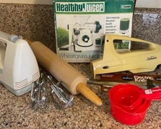 $12.00.......................Hand Mixer and more (B120)