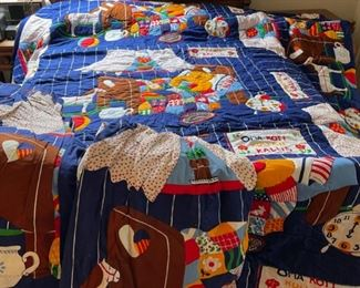 $30.00.......................Large Vintage Childs Comforter with 4 matching curtain panels and 2 valences super condition no fading (B197)