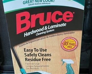 $8.00......................Bruce Dura Luster Hardwood Cleaning System new in box (B204)