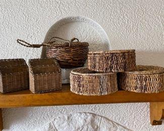 $20.00......................6 Baskets (B246)