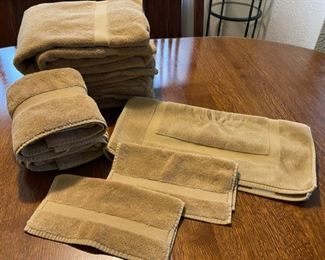 $14.00.......................Towels and Bath Mats (B367)