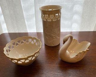 $20.00.....................Lenox Swan, Bowl and Vase  (B349)