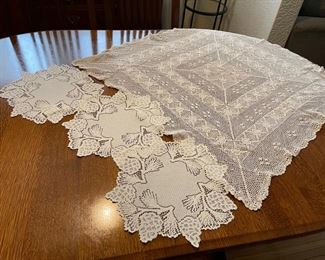 $20.00..............Tablecloth and 3 Circular Pinecone Doilies (B348)