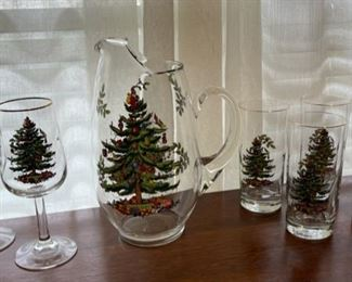 $40.00...................Spode Christmas Tree Pitcher and 6 Glasses (B342)