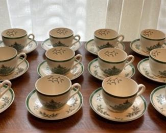 $80.00...................Set of 12 Spode Christmas Tree Cups & Saucers (B334)