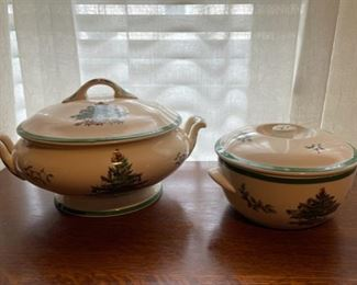 "$50.00.................Spode Christmas Tree Covered Casseroles Servers 7"" & 4 1/2"" (B326)"