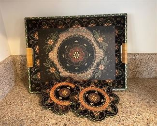 "$12.00.....................Tray 18"" x 13"" and 2 8"" trivets (B314)"