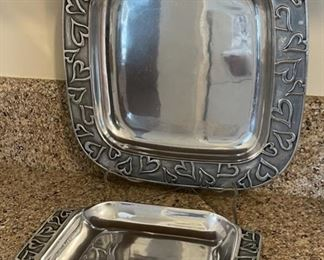"$30.00........................RWP Pewter Heart Set  12"" diameter (B311)"