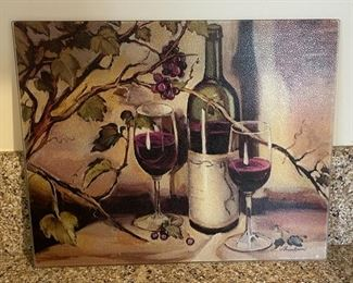 $10.00.....................Glass Wine Motif Cutting Board (B283)