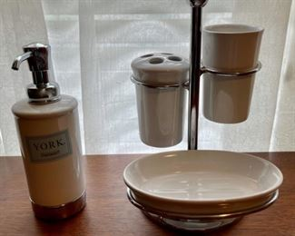 $16.00..................York Soap Dispenser, Toothbrush/Cup/Soap Dish lot (B385)