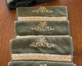 $10.00....................Towels (B405)