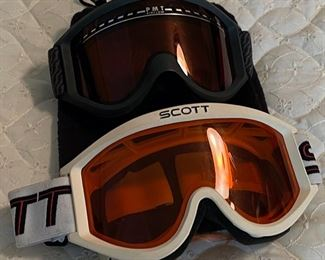 $25.00..................Scott and PMT Ski Goggles (B459)