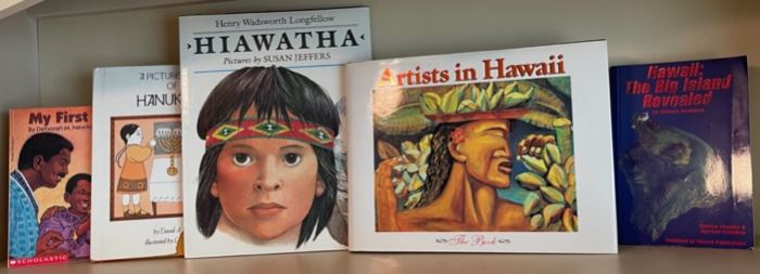 $25.00......................Artists in Hawaii and more books (B494)