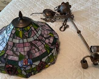 "$50.00...............Stained Glass Light Fixture 20"" diameter on base (B523)"