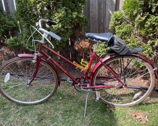 $200.00...............Raleigh Speed Sport Bike (B568)