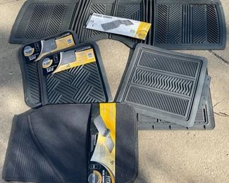 $20.00...................New Rubber Car Mats (B612)