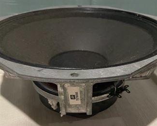 $40.00..................Daevey Speaker (B647)