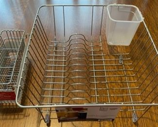 $6.00.................New In Sink Dish Rack (B687)