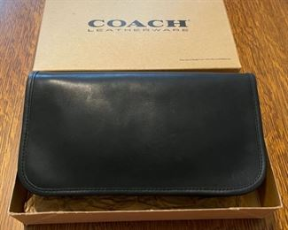 $50.00...................Coach Purse like new, original box (B793)