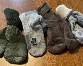 $16.00..................Wool Socks (B772)