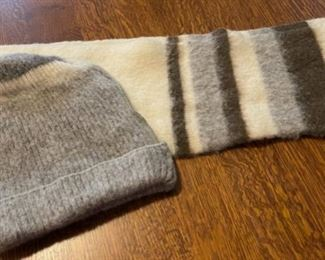 $20.00...................Hilda Ltd Wool Hat and Scarf Made in Iceland (B768)