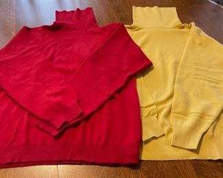 $20.00.......................2 Large Cashmere Wool Sweaters (B738)