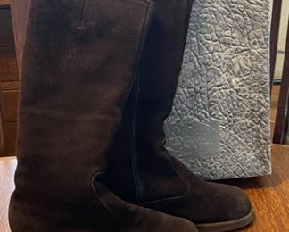 $25.00..............Brown Boots made in England size 8.5 (B823)