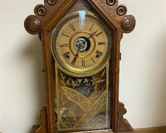 Oak Mantle Clock