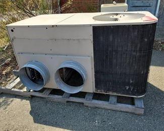 HVAC Unit PH048-1AB