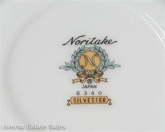 Noritake China Dinnerware Set