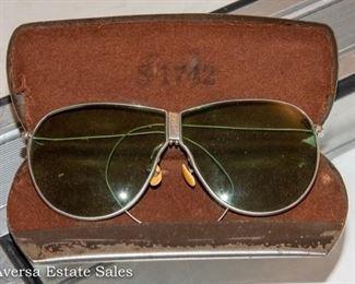 Vintage WWII Aviator Sun Glasses in Metal Case