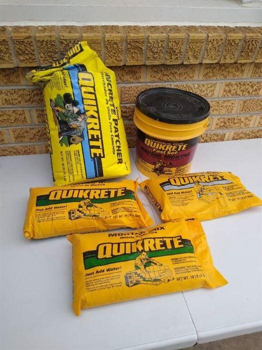 (3) 10lb Quikrete bags, 40lb Quikrete concrete patcher & tub of Quikrete fast set repair mortar