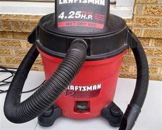Craftsman 12 gallon  wet/dry vac 4.25 peak HP