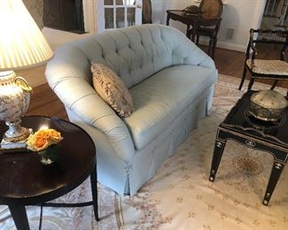 Another view of the loveseat with tufted back and single cushion - matched set available