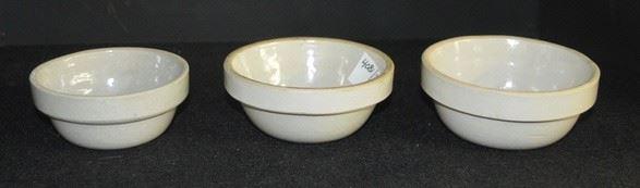 4081 - (3) Small Beige Stoneware Bowls