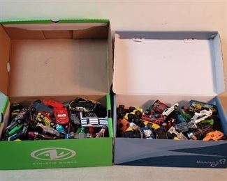 2 Full Shoebox of Jot Wheels and Matchbox Vehicles
