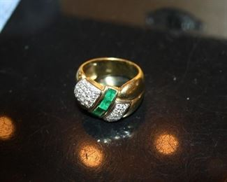 gold ring, diamond chips, emeralds