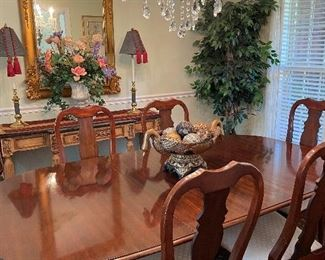 Dining table & 6 chairs by Virginia House