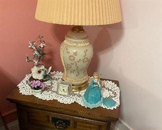 Night stand, lamp