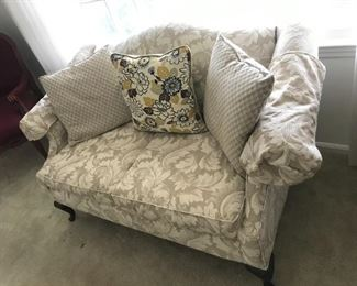 Loveseat $ 158.00