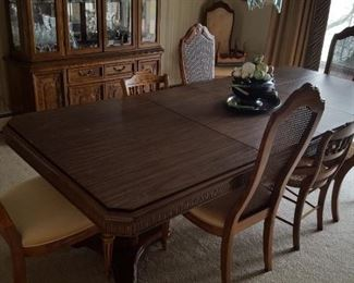 Bernhard dining table with 6 chairs
