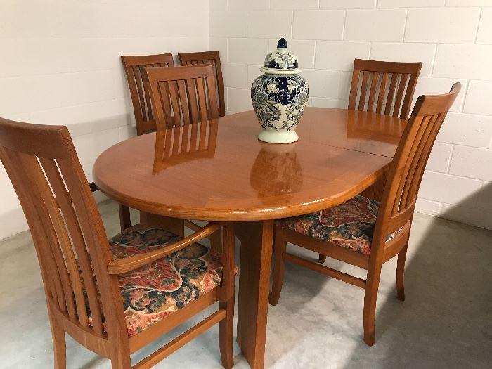 SKOVBY table