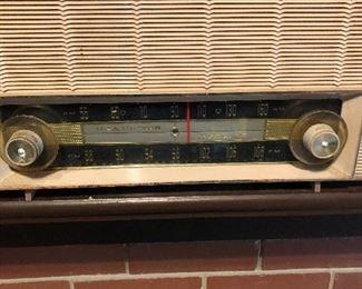 RCA radio