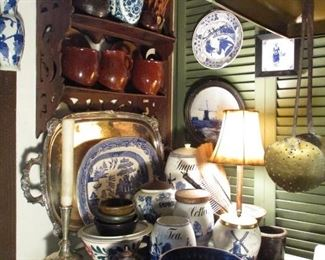 EARLY KITCHEN: ANTIQUE BLUE & WHITE & BROWNWARE