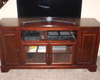 TV Entertainment console $425   W-60   D-18   H-30