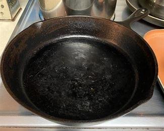 SK Cast Iron Frying Pan