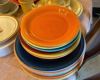 Citrus Grove Dinnerware Plates