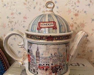 Sadler Souvenir Teapot