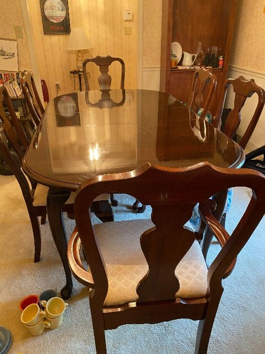 Kincaid Dining Room Table and Six Chairs
